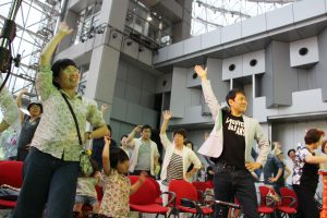 関西テレビでのフラメンコイベントで踊るお客様の様子