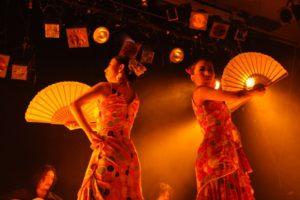 岡島久子フラメンコ教室発表会@大阪梅田でグアヒーラを踊る経験者生徒の写真