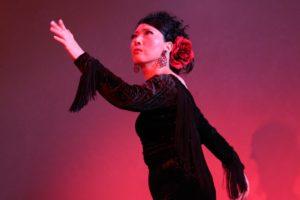 大阪梅田グランフロント大阪フラメンコライブでソレアを踊る岡島久子の写真