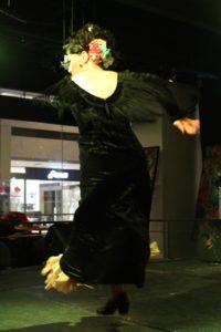 大阪梅田フラメンコライブ2018でアレグリアスを踊る岡島久子の写真