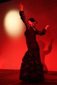 大阪梅田フラメンコライブ2018でソレアを踊る岡島久子の写真